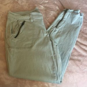 Old Navy Rockstar Skinny Leg Zipper pants sz 12